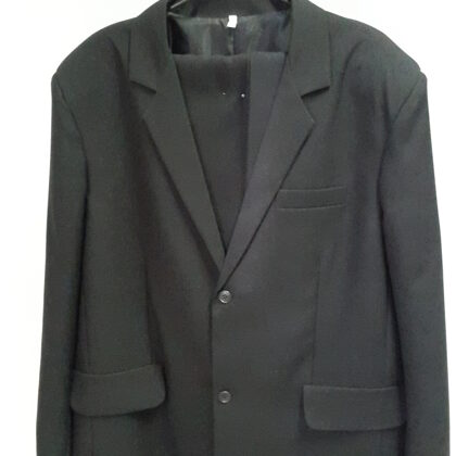 Uzvalki mirušajiem